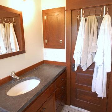 SE Portland Craftsman Kitchen/Bath Remodel