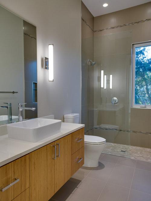 Houzz medium sized contemporary bathroom design ideas for Medium bathroom ideas
