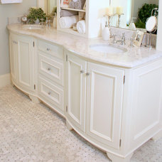 Traditional Bathroom by Golden Isles Custom Homes, LLC