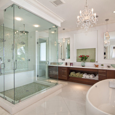 Example of a transitional freestanding bathtub design in Miami