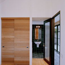 Contemporary Bathroom by Nick Noyes Architecture