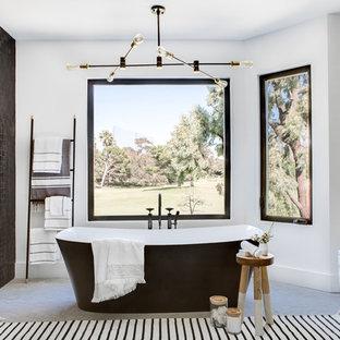 Moderne Badezimmer mit schwarzen Fliesen Ideen, Design ...