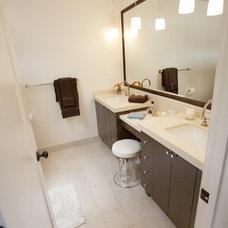 Contemporary Bathroom by Cardea Building Co.