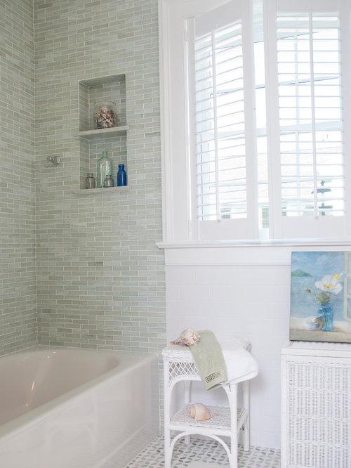 800 Beach Style Bathroom with an Alcove Tub Design Ideas Remodel – Beach Style Bathroom