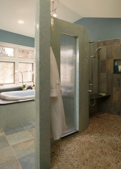 Get the look falling water in the bath - Which uses more water bath or shower ...