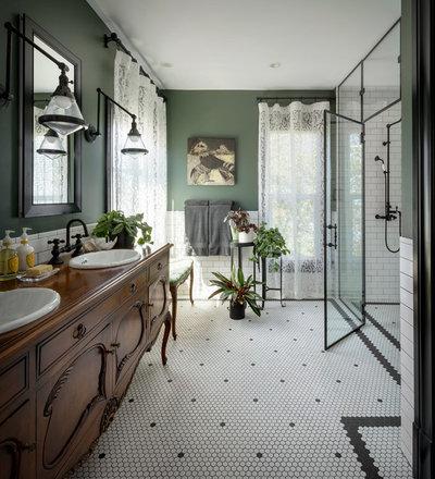 Traditional Bathroom by Michelle Dirkse Interior Design