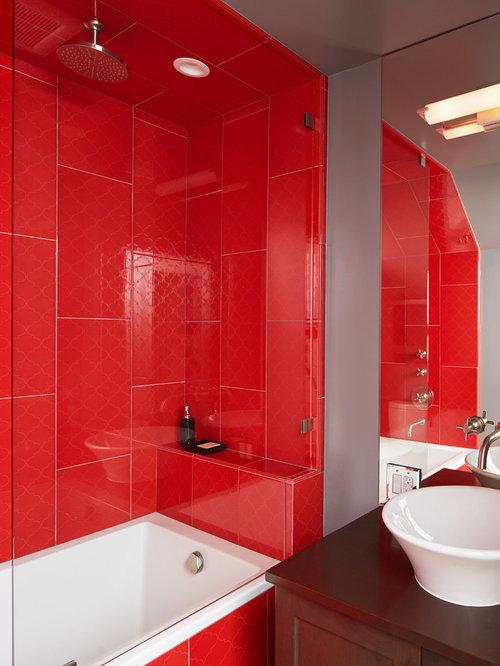 Foto e idee per bagni bagno vittoriano con piastrelle rosse - Piastrelle bagno rosse ...