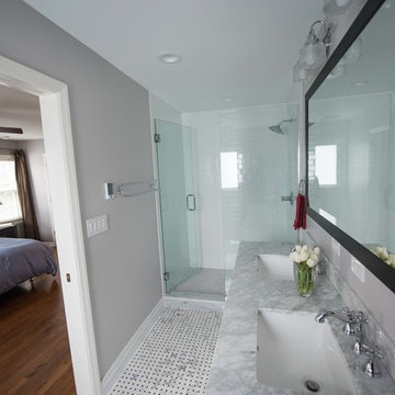 2nd Bathroom (overview)