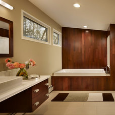 Contemporary Bathroom by Metcalfe Architecture & Design