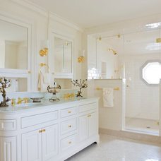 Traditional Bathroom by Elizabeth Brosnan Hourihan Interiors