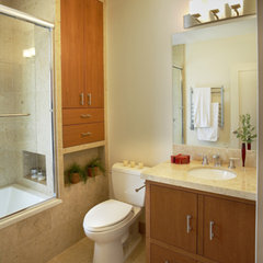 contemporary bathroom by Mahoney Architects and Interiors