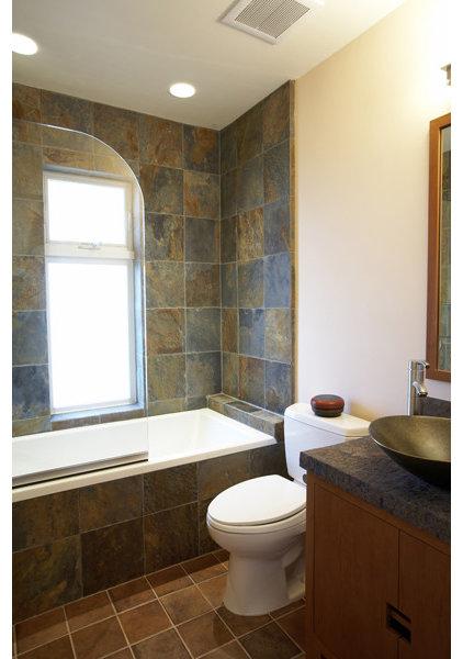 Contemporary Bathroom by Mahoney Architects and Interiors