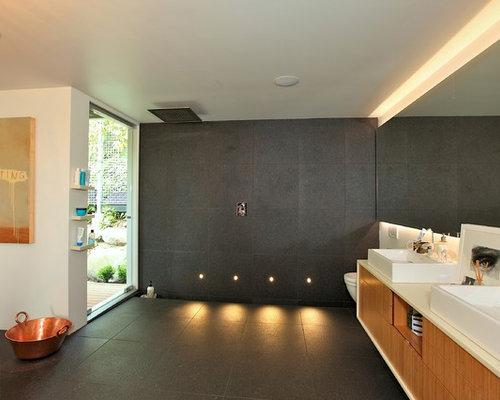 Stanza da bagno moderna con pavimento in ardesia foto - Piastrelle in ardesia ...
