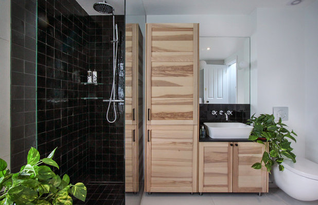 Contemporary Bathroom by Yoko Kloeden Design