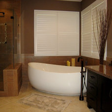Contemporary Bathroom by Unique Remodeling and Design by Brush Strokes Inc.