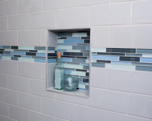 Salle de bain bord de mer avec un carrelage en p te de for Carrelage pate de verre salle de bain