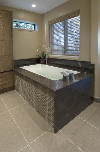 Asian Bathroom by Karen Ellentuck. ASID
