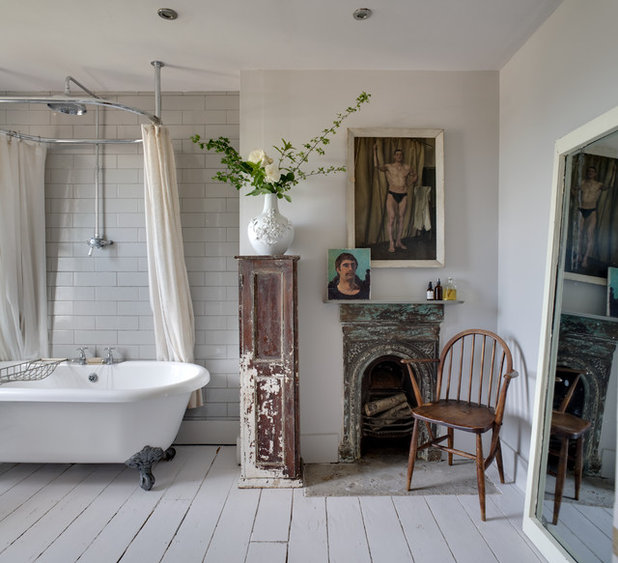 Shabby-Chic Style Stanza da Bagno by Bruce Hemming Photography