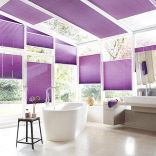 Bathroom - modern bathroom idea in San Diego