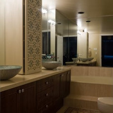 Contemporary Bathroom by Montdor Interiors - Shaila Gottlieb