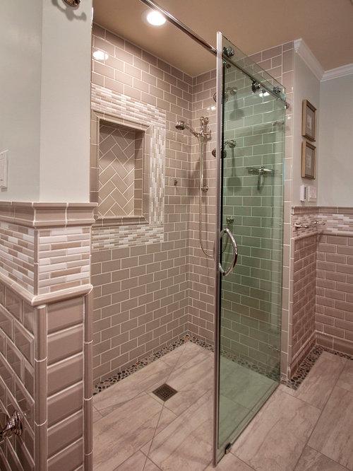 Salle d 39 eau avec une douche l 39 italienne et un bidet - Petite salle d eau avec douche ...