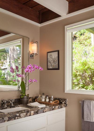 Midcentury Bathroom by BK Interior Design