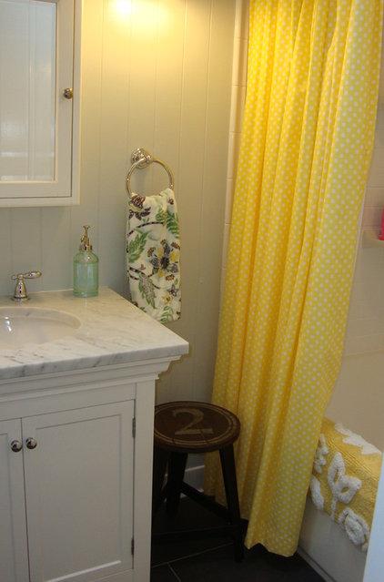 Contemporary Bathroom Shared Bathroom