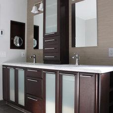 Contemporary Bathroom Sharon Suarez