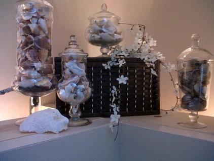 Tropical Bathroom She Sells Seashells...