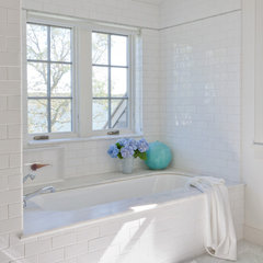 traditional bathroom by Wettling Architects