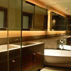 Modern Bathroom SHH