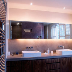 contemporary bathroom by SHH - Spence, Harris, Hogan Associates