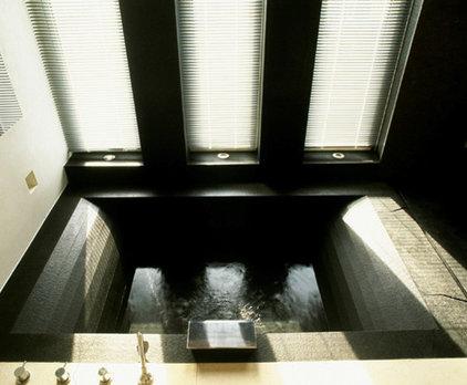 contemporary bathroom by SHH - Spence, Harris, Hogan Associates