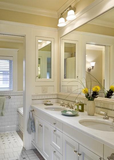 Victorian Bathroom by Smith & Vansant Architects PC
