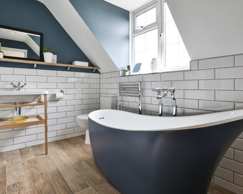 Design Ideas For A Medium Sized Contemporary Ensuite Bathroom In Oxfordshire With Freestanding Bath