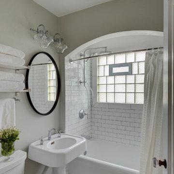 Shorewood Vintage Bathroom