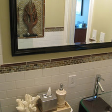 Modern Bathroom by Shoshana Gosselin