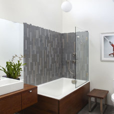 Industrial Bathroom by building Lab, inc.