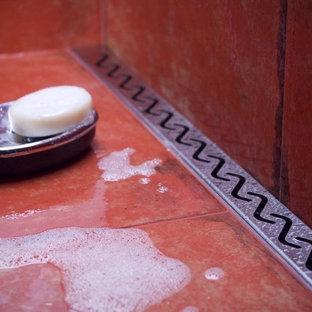 Foto på ett funkis badrum