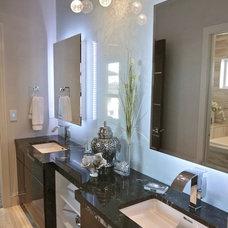 Modern Bathroom by Metric Interior Design Inc.