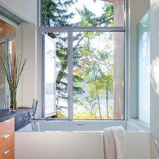 Modern Bathroom by splyce design