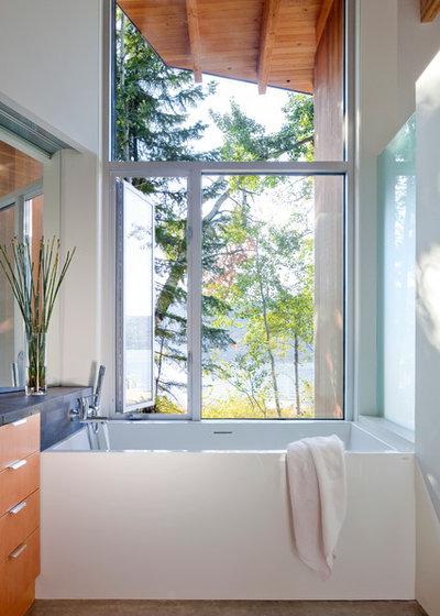 Модернизм Ванная комната by splyce design