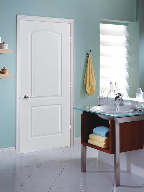 Three quarter glass front door bathroom design ideas for Three quarter bathroom ideas