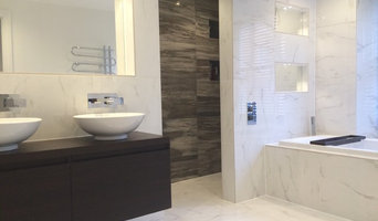 Simple, elegant bathroom