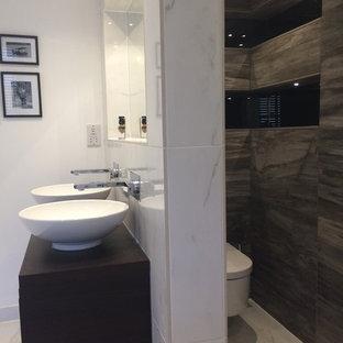 Simple, elegant bathroom