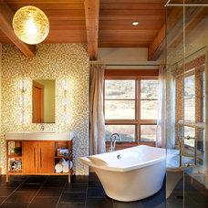 Contemporary Bathroom by Gerber Berend Design Build, Inc.