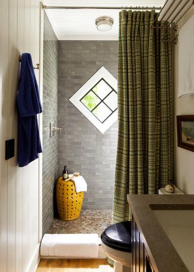 dusche im g stebad 9 raumsparende l sungen. Black Bedroom Furniture Sets. Home Design Ideas