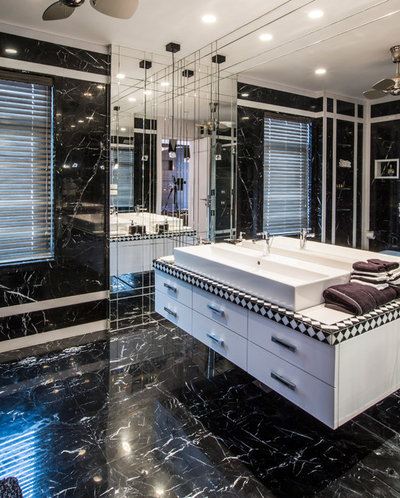 Contemporary Bathroom by Moriq