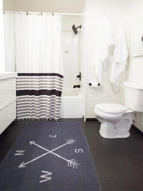 Bagno eclettico con pavimento in laminato foto idee - Pavimento laminato in bagno ...