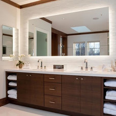 Modern Bathroom by MDK Design Associates, Inc.